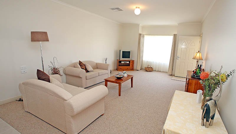 Lounge area - Princes Court Elderly Homes & Village Mildura
